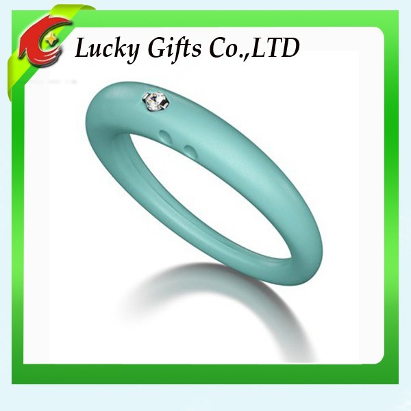 2015 Promotion Eco-friendly Silicon Ring Diamond