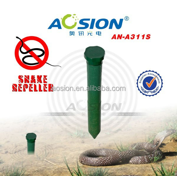 green plastic battery snake repeller with CE RoHs