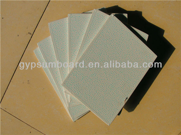 Green painted plasterboard/ back with foil / decotation celing