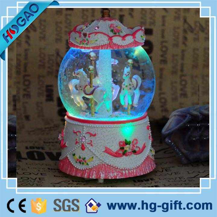 Pink wedding favors custom couple carousel snow globe with light manufacturers