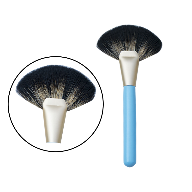 2018 new arrivals 18pcs pony hair makeup brush set custom logo brushes