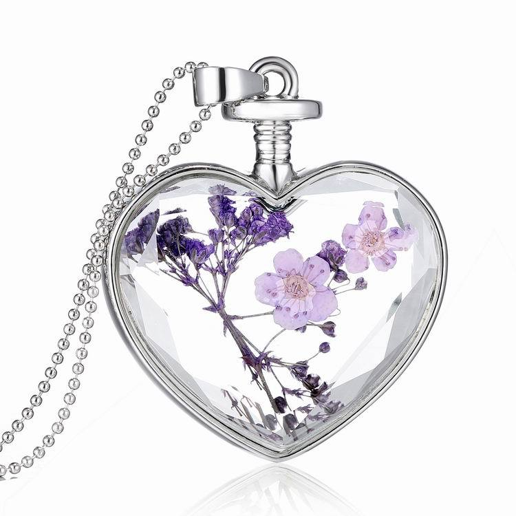 Transparent Glass Heart Shape Creative Woman Necklace Floating Dry Flower Plant Locket