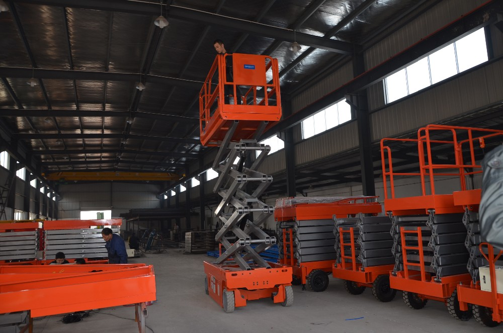 India Self-propelled Mini Lifting Crane Electric Scaffolding with