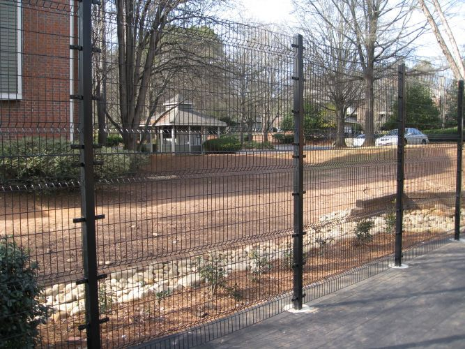 Rubber coated wire mesh fence galvanized