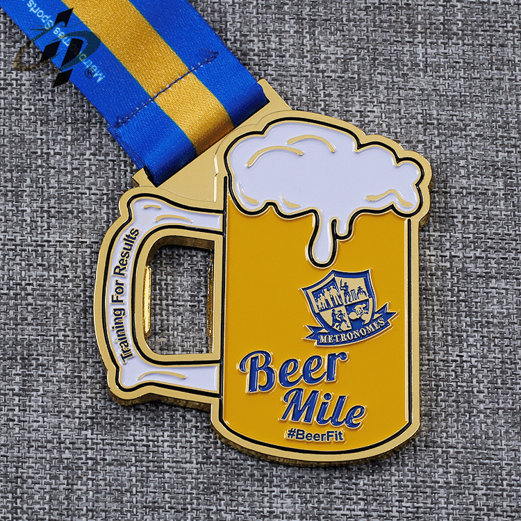Customize zinc alloy metal soft enamel gold beer marathon finisher medals for runner