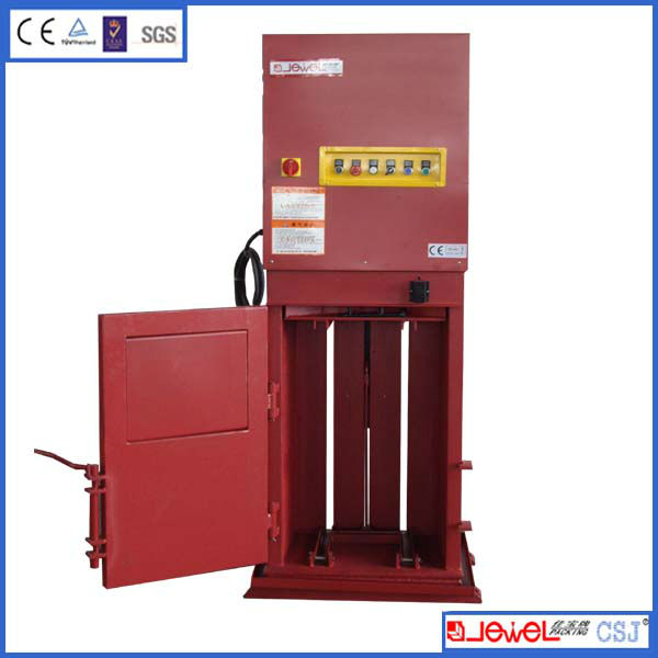 hydraulic baler compacting general waste