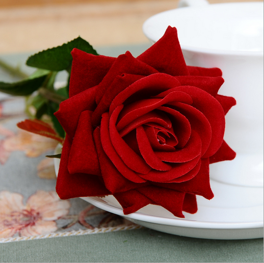 China Factory Direct Artificial One Head Red Rose Wedding Silk Flowers Home Decoration