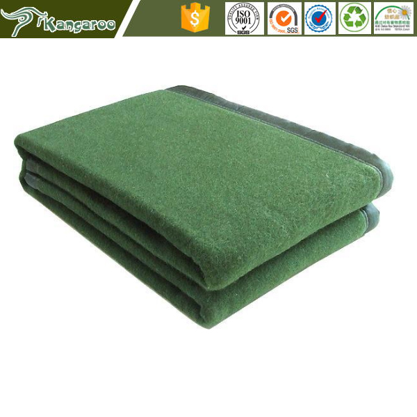 China Low Price Wool Polyester Oliver Green Anti-pilling High Thermal Military Army Airplane Stamped Blankets