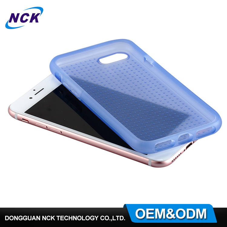 Free sample MOQ=100pcs overmolding hybrid phone case for iphone 6 7 case tpu pc