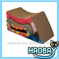 Parrot Shaped Corrugated Cardboard Scratching Box Cat Scratcher Toy