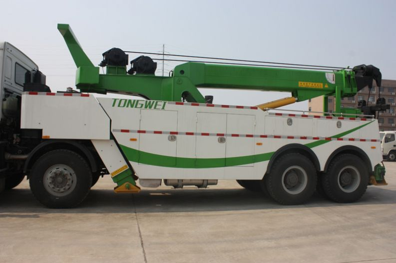 Hot Sale 40 Ton Heavy Duty North Benz Road Wrecker Tow Trucks For Sale
