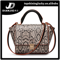 Hong kong wholesale lady bandbags brand name shoulder bags for women 2015