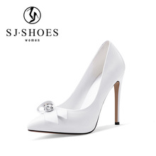 5566 modern design classic 2017 women wedding dress shoes for women made in China