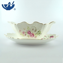 Hot selling ceramic new bone handle white flowers unique gravy boat with saucer
