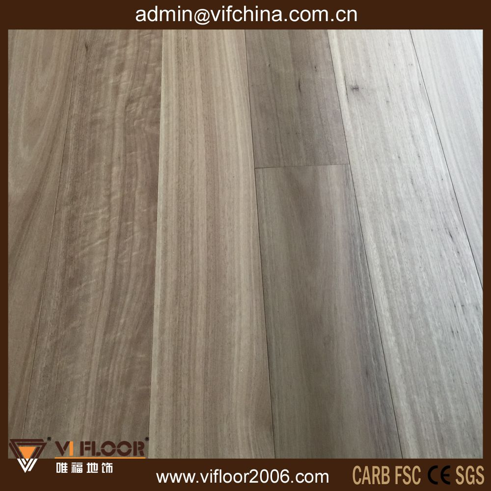 Anti-Scratch Click Premium Hardwood Timber Flooring