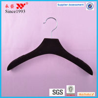 round plastic suit luggage clothes hangers