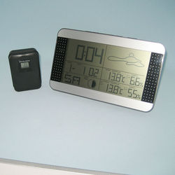 2015 promotional chime alarm clock with humidity sensor