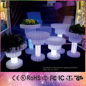 Color Changing Light up Outdoor garden furniture LED Lighted Planter Pots for Sale