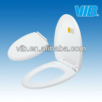 Water tank fitting of toilet seat cover and lid with easy installment