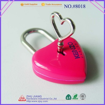 Zhujiang Love Promotion Wedding Gift Customised lock Heart Shaped Padlock