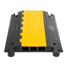 2/3/5 channel PVC Rubber flexible cable protector ramps,cover ramp wire protector for road safety