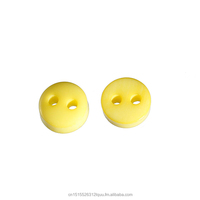 High Quality Round Yellow 2 Holes Resin Sewing Scrapbooking Buttons