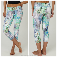 Women's Printed Wide Waistband High Compression Workout capri/cropped yoga pants