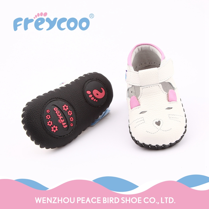 2017 Fashion pleasantly cool lovely cartoon white baby loafer shoes