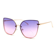 2017 Popular Fashion models Big Cat Eye mirrored sunglasses women trendy vintage Sun glasses