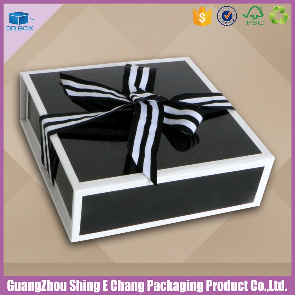 Custom order accept cardboard shoe box wholesale/ cardboard box for clothes/dress packaging box