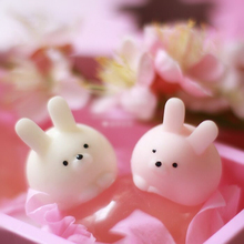 cute plastic mochi animal squishies rabbit squishy rubber squeeze toy