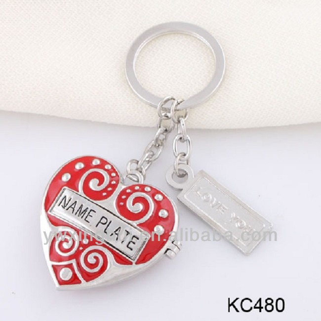 Yiwu jewelry New products 2014 red heart shape led keychain, red crystal heart keychain, red heart keychain