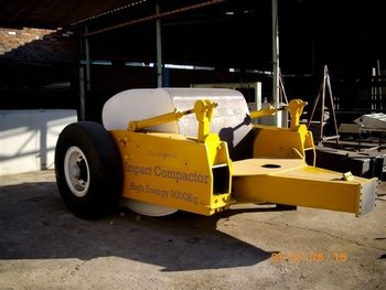 CSIR 4 SIDED IMPACT COMPACTION ROLLER