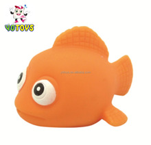 EN71 passed floating bath toy pvc type flashing rubber clown fish bath toy