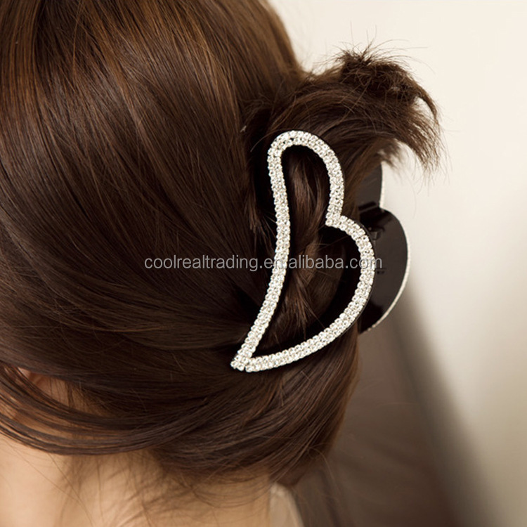 Stock Charming rhinestone heart shaped hair claw clips for Lady