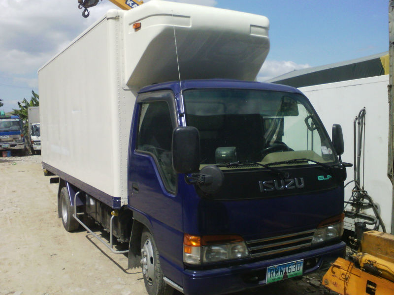 Isuzu Elf Reefer van 16 ft japan arrival