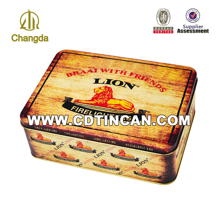 Personal decorative rectangular hinged tin packing box