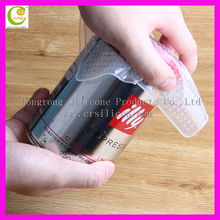 Soft flexible silicone wine bottle bubble wrap in stretch film for keep food and fruit fresh