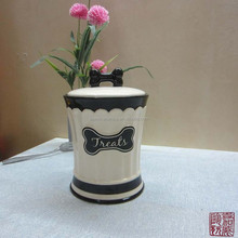 fashion design ceramic wholesale pet canister