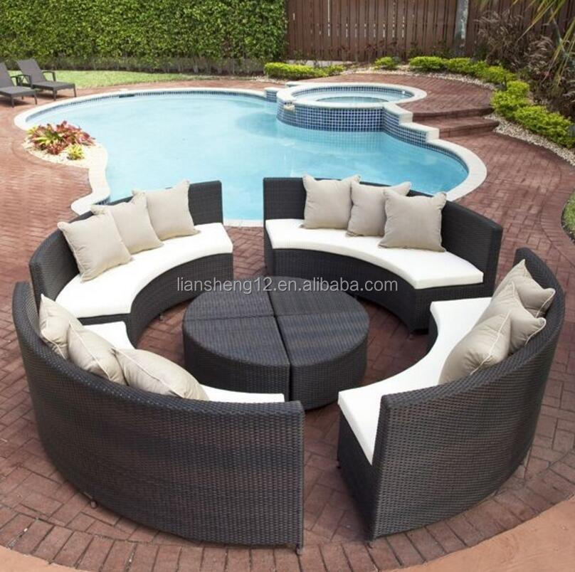 Modern Comfortable Wicker Sofa Round Outdoor Rattan Garden Furniture