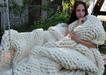 Hot Selling Warm Chunky Knit Blanket Thin Blended Yarn Merino Wool Bulky Knitted Throw 100*120CM