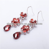 925 flower-shaped silver-plated copper red zircon pendant