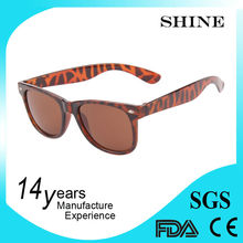 china factory 2015 top unisex fashion promotional plastic sunglasses
