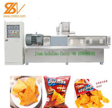 extruded doritos/tortilla corn chips snacks food making machine