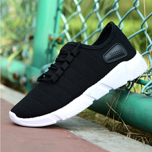 Hot selling lightweight stylish sneakers running sport shoes men