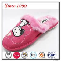 red cute snoopy embroidery women slippers for teenagers