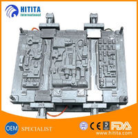 High polish plastic container injection mold