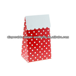 Stylish Party Partyware RED POLKADOT PARTY TREAT BOXES Party Bags/Treat Bags LOLLY TREAT FAVOUR BOX Kids party supplies Vintage