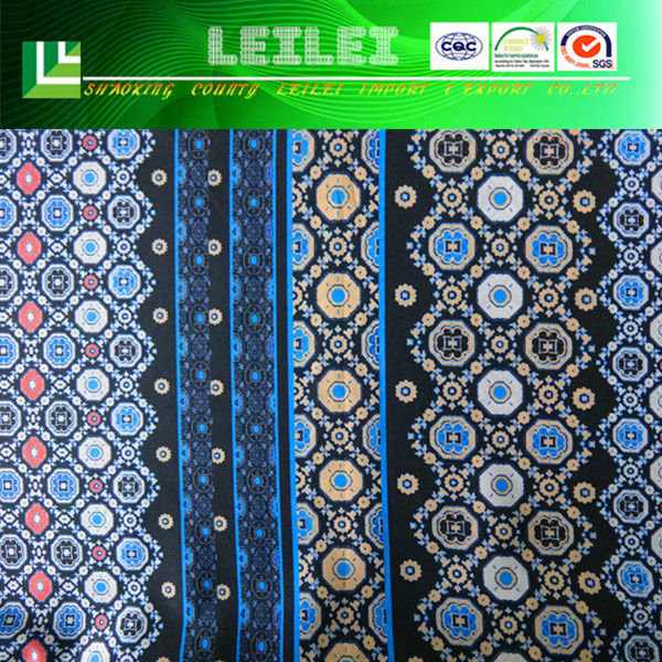 Comfortable 100% Polyester Fashion Fabric For Clothes Making