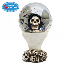 120mm Halloween Skull Head Resin Christmas Snow Globe, Water Globe Souvenir With Black Blowing Snow
